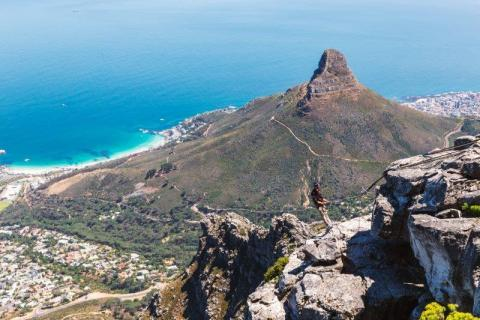 smart-art-cape-town-12-apostels-lions-head-cable-car-sea-aloes-waterfront-mountains-western-cape-114