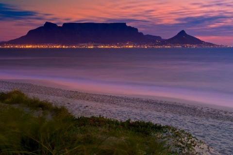 smart-art-cape-town-12-apostels-lions-head-cable-car-sea-aloes-waterfront-mountains-western-cape-117