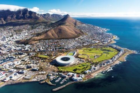 smart-art-cape-town-12-apostels-lions-head-cable-car-sea-aloes-waterfront-mountains-western-cape-118