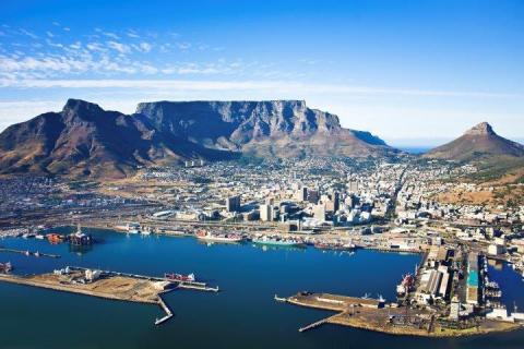 smart-art-cape-town-12-apostels-lions-head-cable-car-sea-aloes-waterfront-mountains-western-cape-121