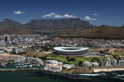 smart-art-cape-town-12-apostels-lions-head-cable-car-sea-aloes-waterfront-mountains-western-cape-128