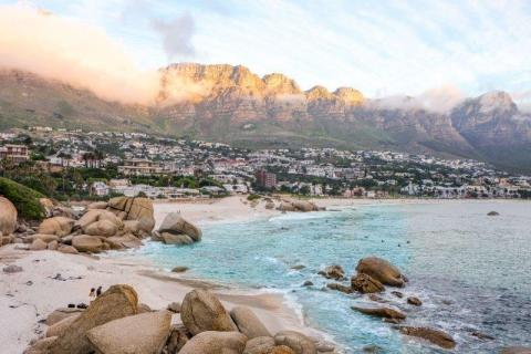 smart-art-cape-town-12-apostels-lions-head-cable-car-sea-aloes-waterfront-mountains-western-cape-130