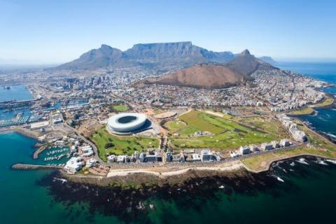 smart-art-cape-town-12-apostels-lions-head-cable-car-sea-aloes-waterfront-mountains-western-cape-140