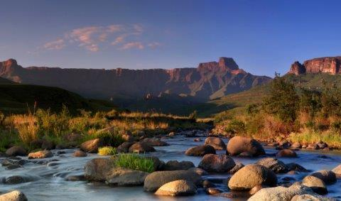 smart-art-cape-town-12-apostels-lions-head-cable-car-sea-aloes-waterfront-mountains-western-cape-141