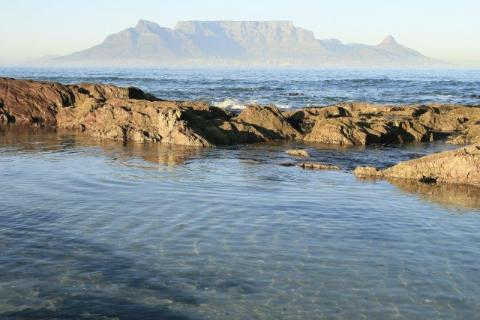 smart-art-cape-town-12-apostels-lions-head-cable-car-sea-aloes-waterfront-mountains-western-cape-143