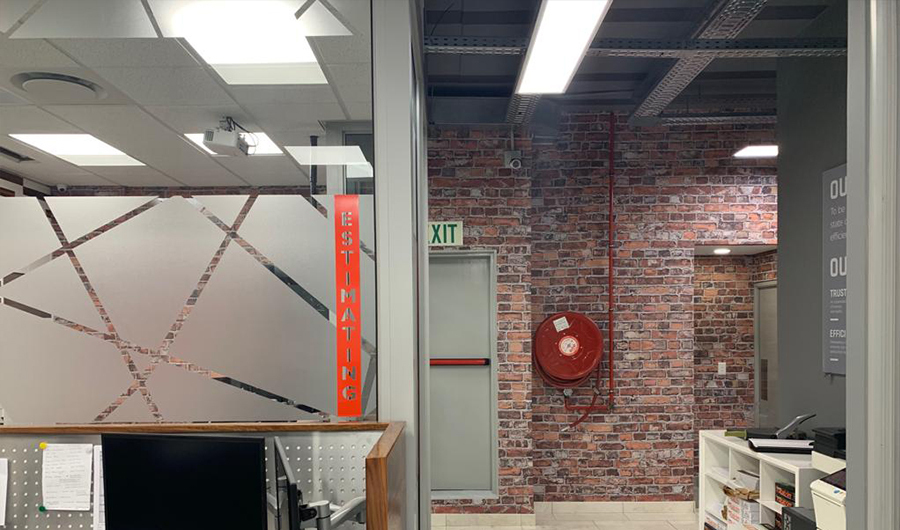 smart-art-brick-wallpaper-and-frosted-vinyl-installation-the-construction-co-3