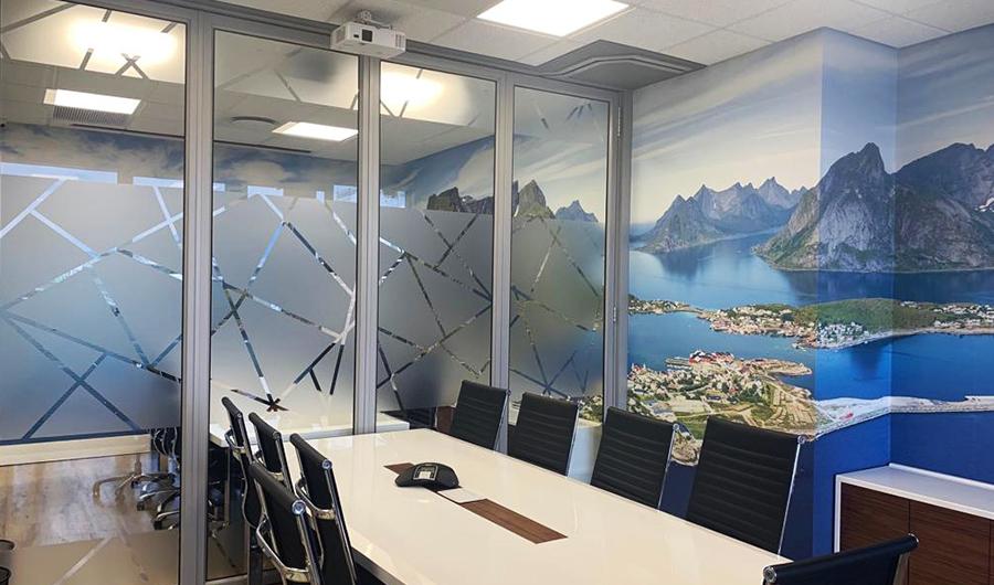 smart-art-brick-wallpaper-and-vinyl-installation-the-construction-co-5