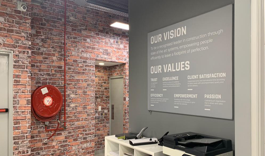 smart-art-brick-wallpaper-installation-and-textframe-the-construction-co-2