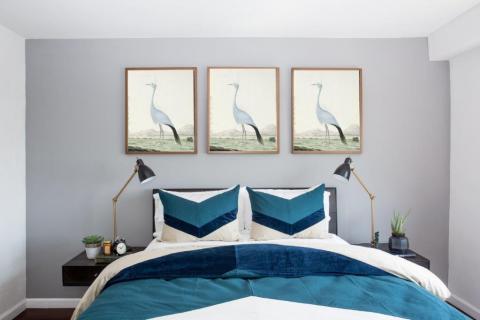 Smart-Art-Printed-Wallpaper-Blue-Pantone-Blue-Hue-Feeling-Blue-4