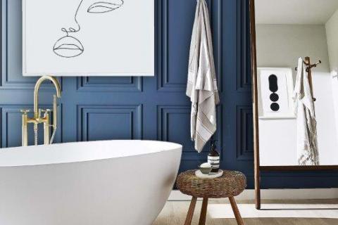 smart-art-blue-panel-wall-bathroom-interior-design