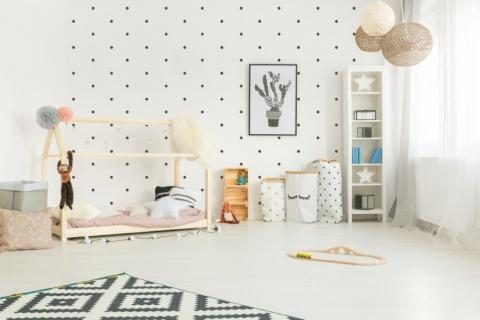 smart-art-bespoke-kids-ideas-black-dots-on-white-wall-decal