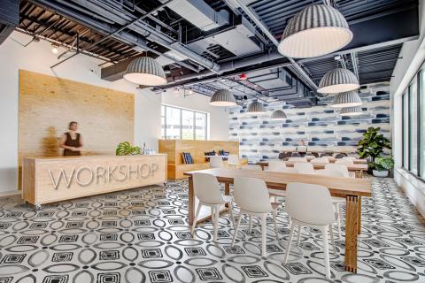 smart-art-shared-working-space-open-office