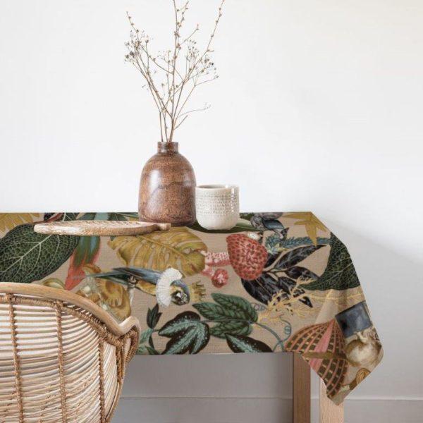 Smart Art table cloth alice in wonderland