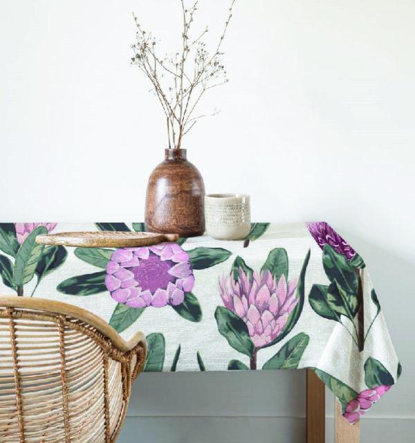 Smart Art table cloth protea-